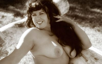 Plus Size Can Be a Plus for Intimate Portraiture
